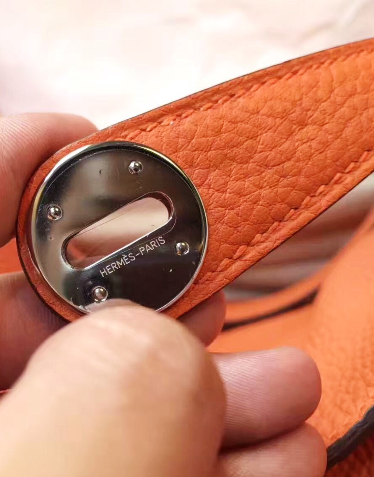 100% Authentic HERMES Taurillon Clemence Lindy 34 ORANGE Shoulder Bag PHW image 12