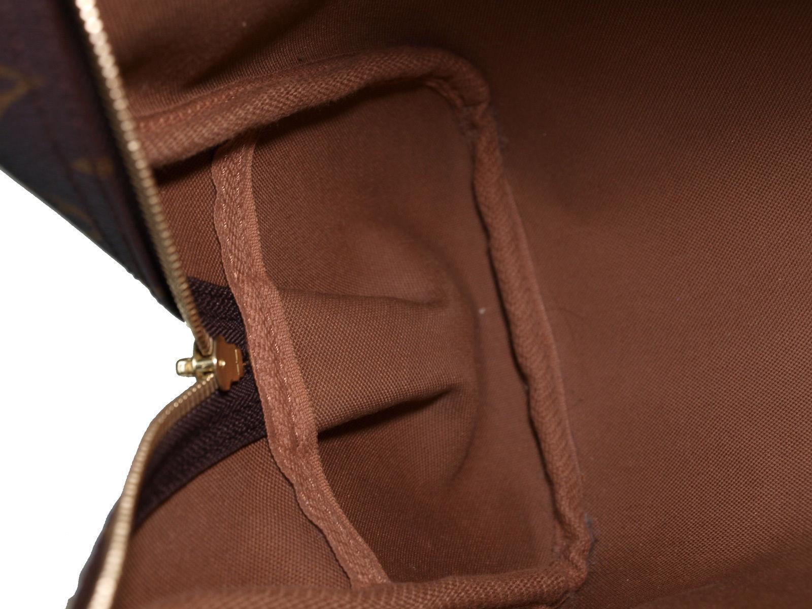 e2e1f1c00b62 Authentic LOUIS VUITTON Montorgueil PM Monogram Canvas Shoulder Bag M95565