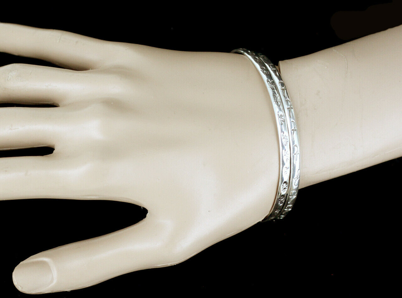 Vintage Taxco Mexico Sterling Silver Pattern Bangle Bracelet Pair Set image 4