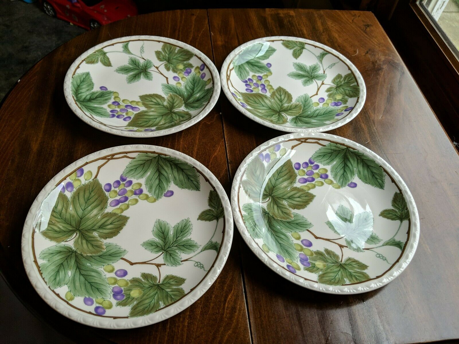"Nikko Dinnerware 7"" Dessert Plates Grapevines - $8.71"