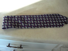 "Brooks Brothers 100% silk tie 57"" long 3 5/8"" wide (1 available) - $9.85"