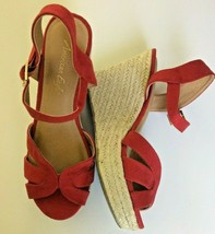 American Eagle Red Suede Wedges Sandals Shoes Size 6 1/2 - $14.49