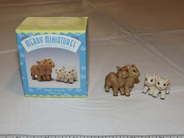 HALLMARK Merry Miniatures Charm Noah's Friends Story Time 1997 - $10.68