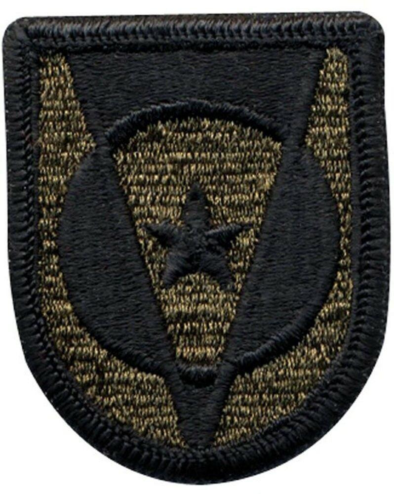 US ARMY II FIELD FORCE VIETNAM SSI COLOR PATCH ORIGINAL VIETNAM ERA PATCH M//E