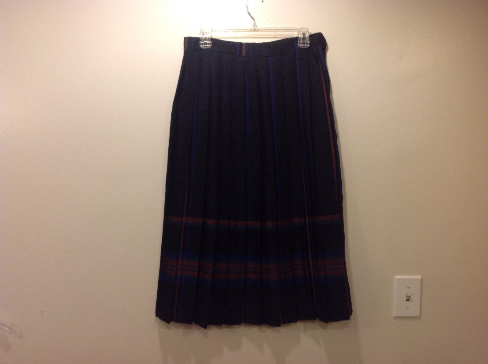 Country Aire Black Plaid Pleated Long Skirt Sz 14
