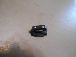 05 06 07 Ford Freestyle RH - Passengers Side Front Door Power Lock Switch - $6.99