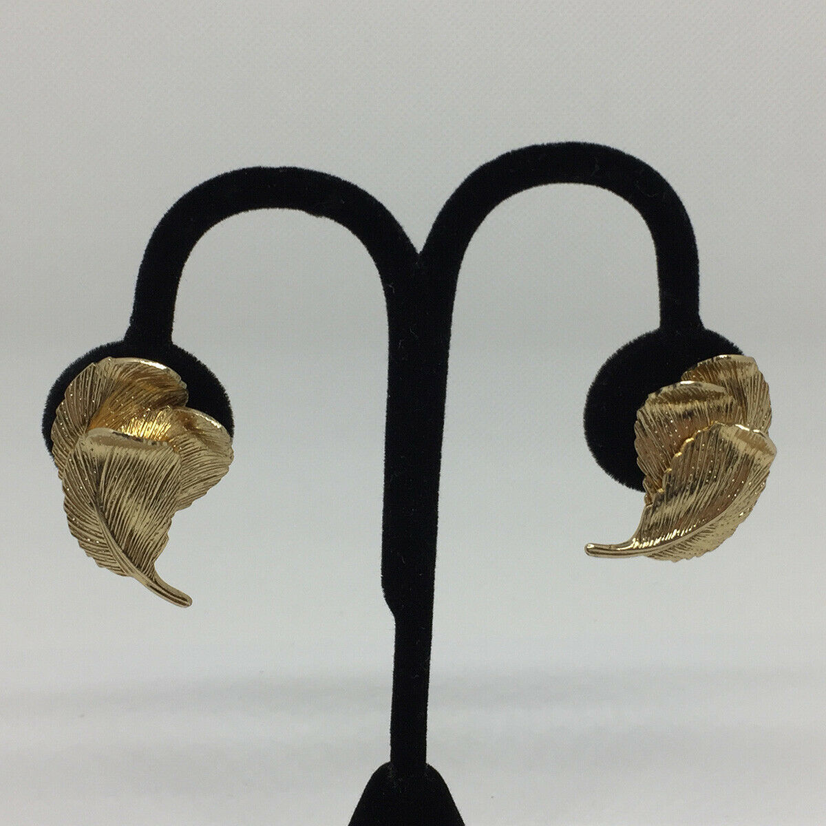 Vintage Signed Valenza Gold Tone Leaf Screw Back Earrings Circa 1960's