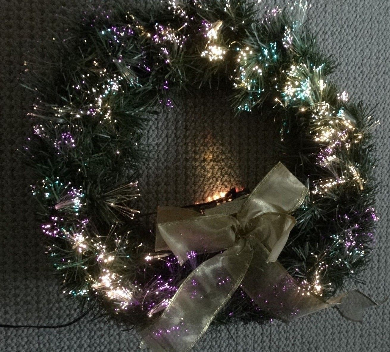"""24"""" Fiber Optic Christmas Wreath Colors Change Continuously with Box from 2001"""