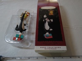 HALLMARK Keepsake 1995 SYLVESTER TWEETY Looney Tunes hang togethers ORNA... - $39.59
