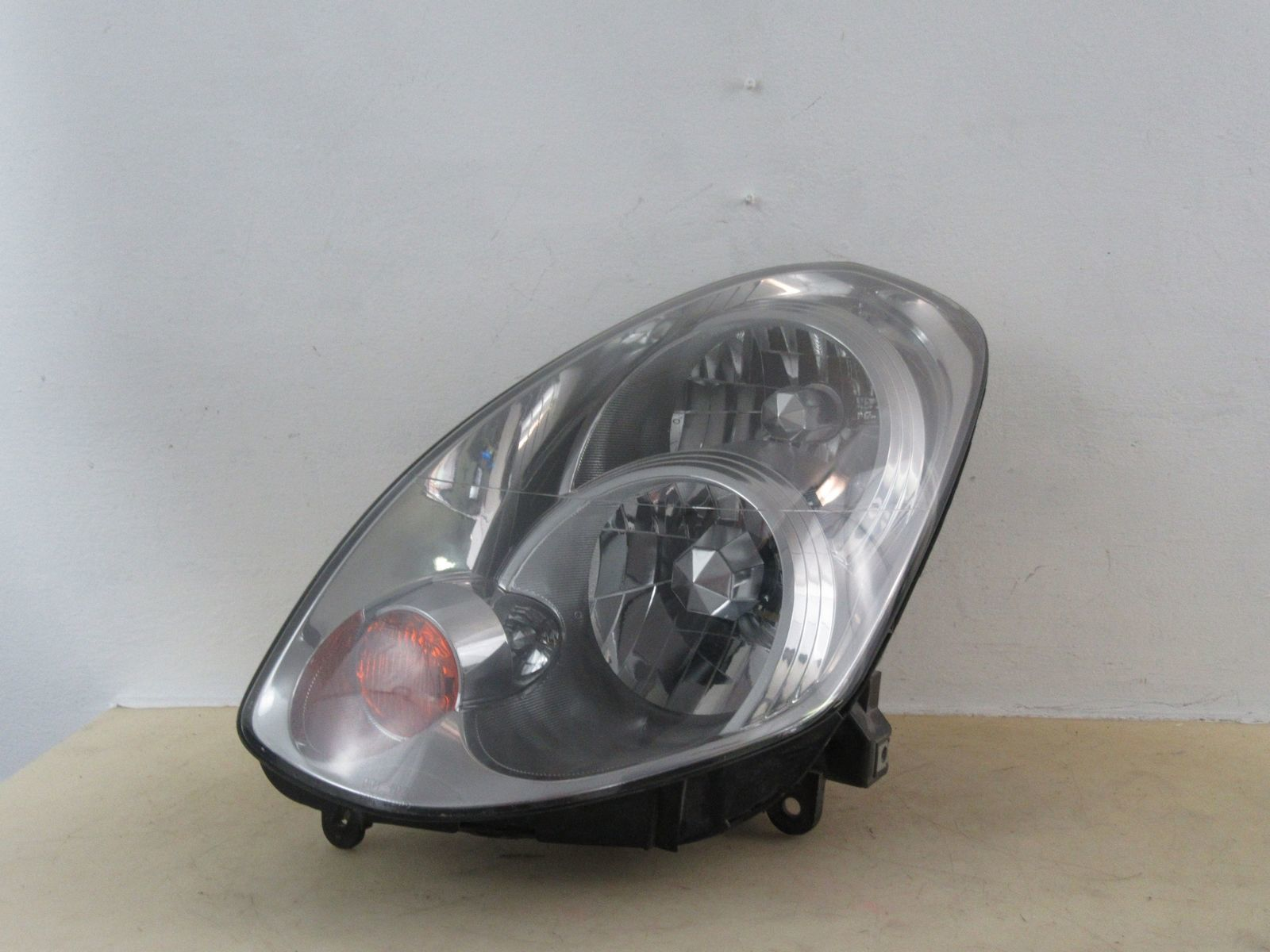 Primary image for 2005 2006 INFINITI G35 XENON DRIVER LH HEADLIGHT OEM 213