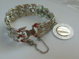 Vintage Signed Coro Silver-tone Linked Heart Arrow Charm Bracelet  - $21.29