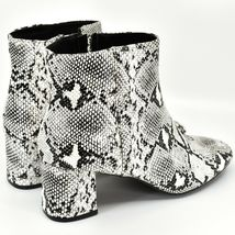 "Boohoo Faux Black & White Snakeskin Snake Skin Print 2.5"" Heel Boots Size 10 image 4"