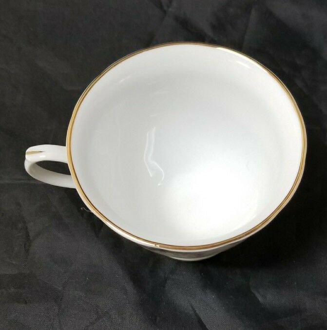 Chinese Fine Bone China Set of 32, 8 Each Soup Bowls, Cups, Saucers, Bread Plate image 8