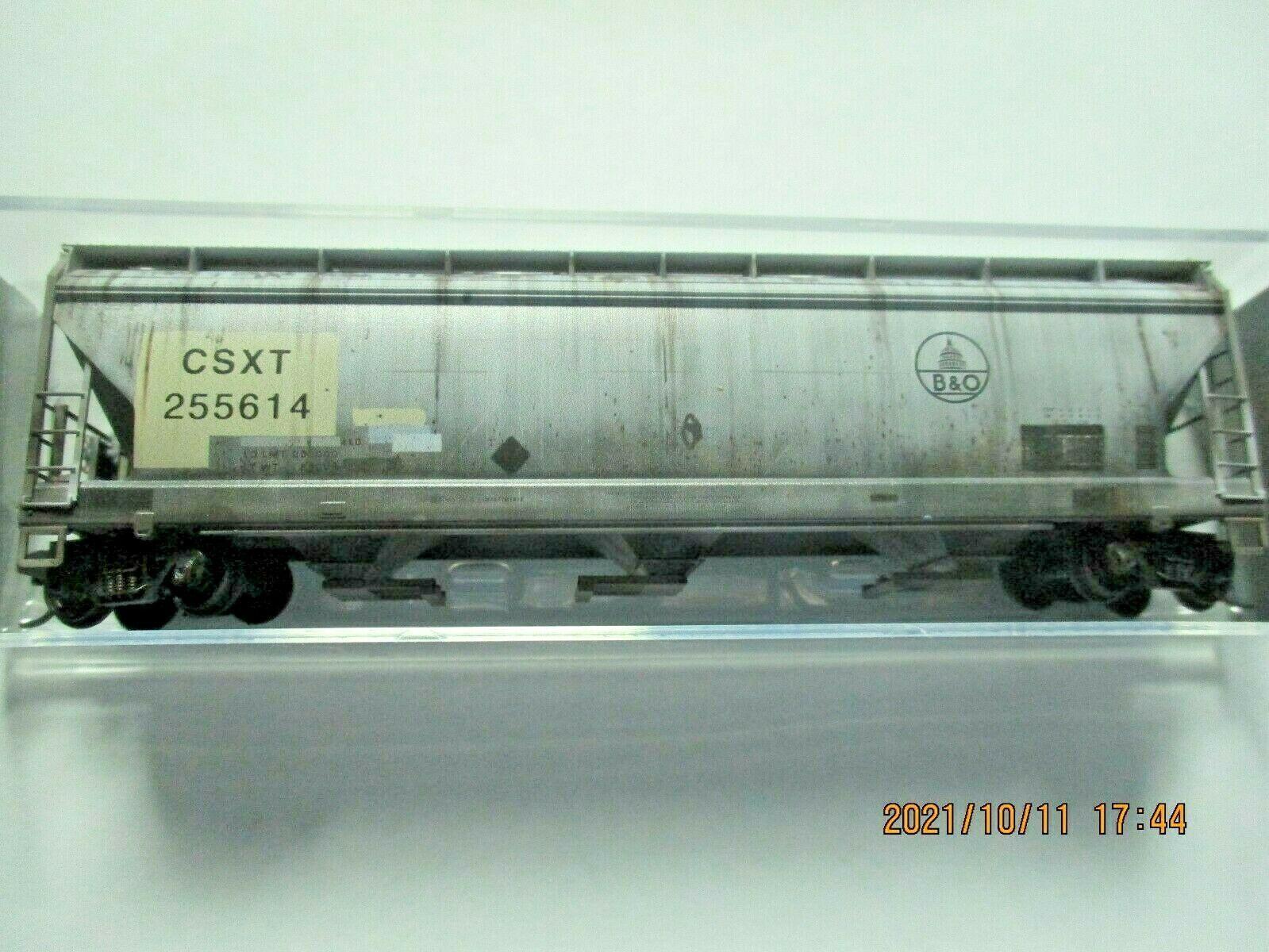 Micro-Trains Stock # 09444720  CSX/ex B&O 3- Bay Hopper CSX Family Series (N)