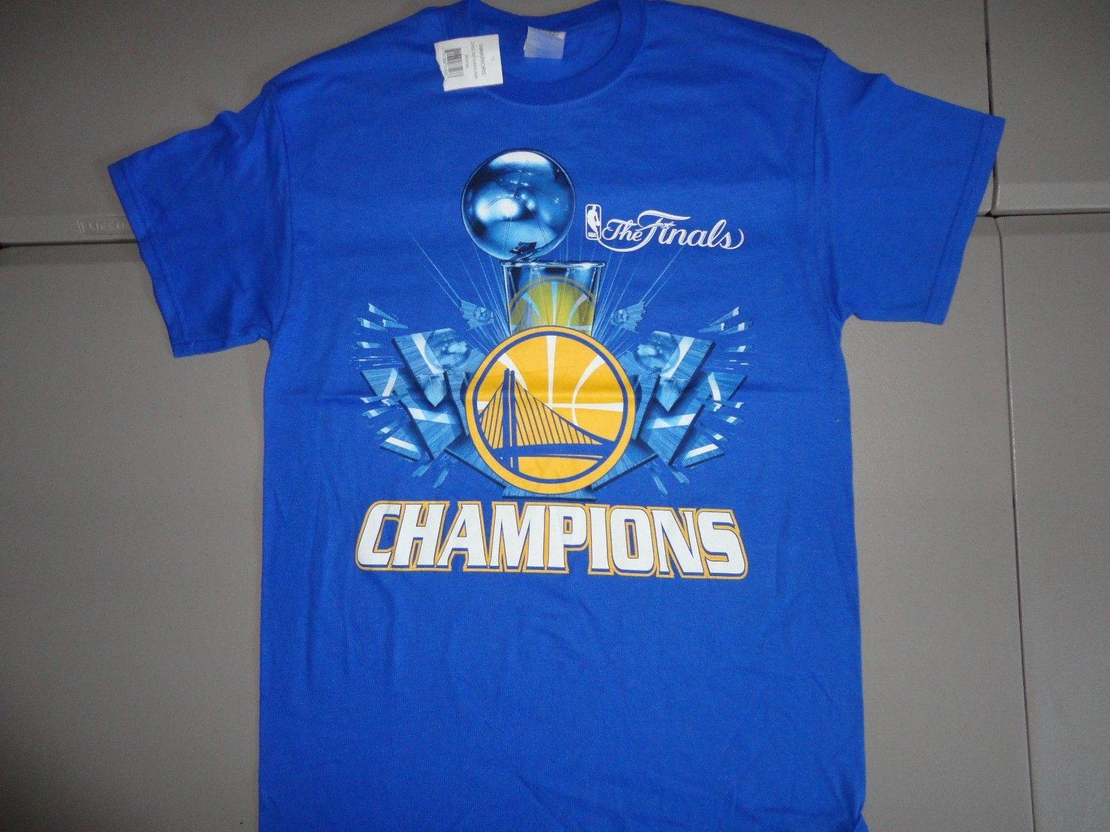 NWT Blue Golden State Warriors 2015 NBA Finals Champions Basketball T Shirt M