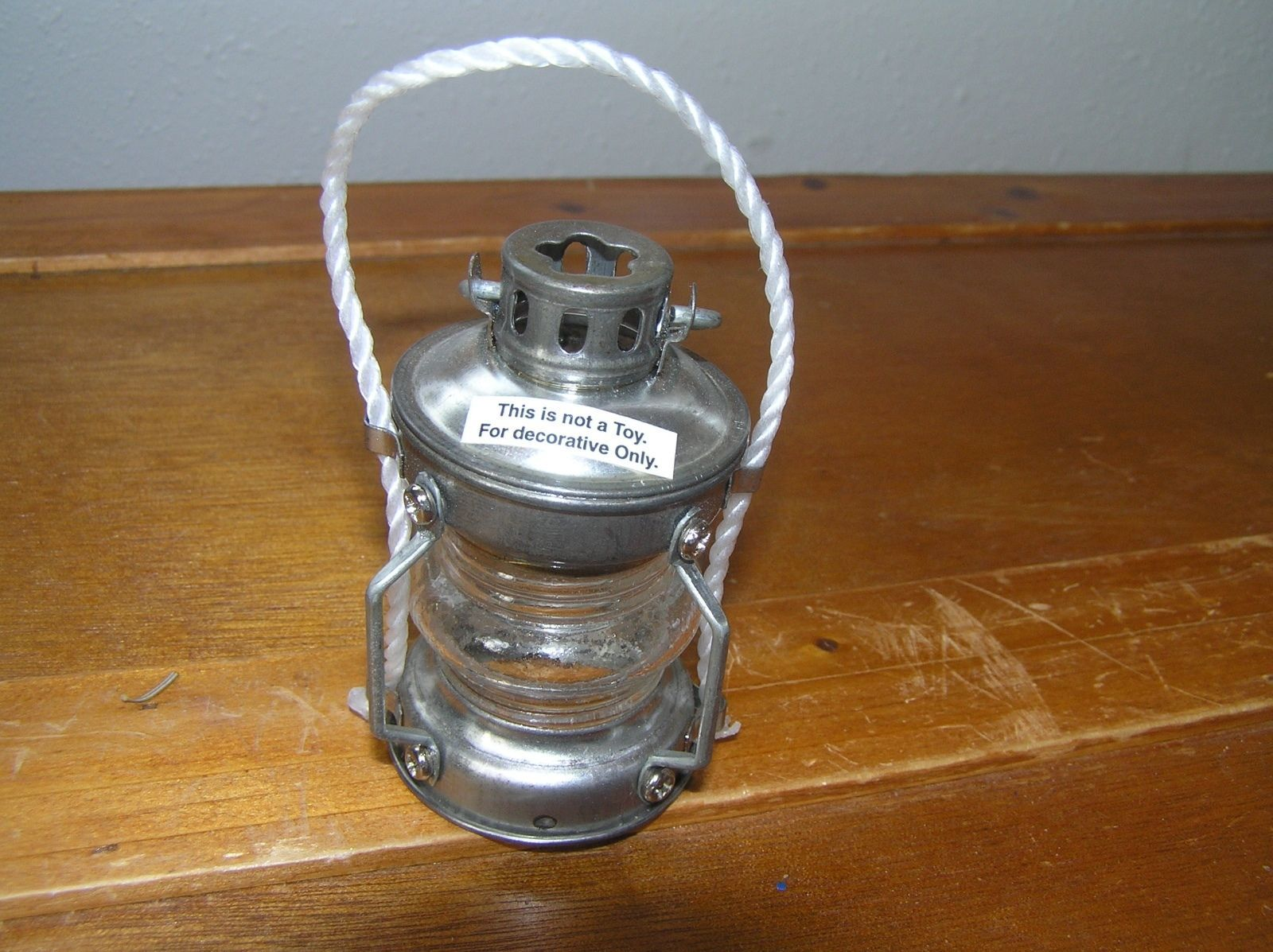 Silver Colored Metal & Clear Glass or Plastic Antique Railroad Lantern Tree