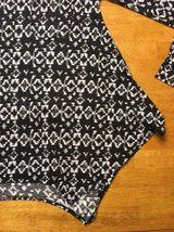 Abercrombie Kid's Girl's Black & White Long Sleeve Shirt - Blouse - Size: Small image 9