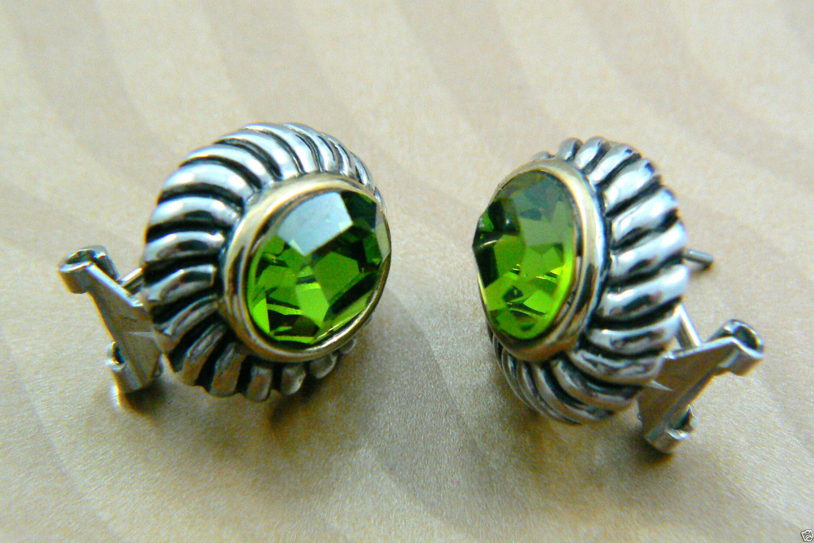 Silver tone Faceted Green Rhinestone crystal oval stud earrings $0 sh new image 4