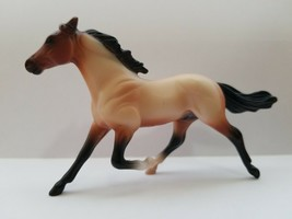 Breyer STANDARDBRED Horse Lovers Collection #5412 - $5.39