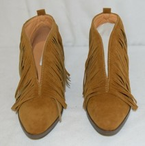 Beast Fashion Carrie 01 Camel Fringe Slip On Shoes Size Six image 2