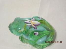 FENTON ART GLASS 2001 WILLOW GREEN OPALESCENT FROG FIGURINE~K. PICKENPAUGH - $48.00