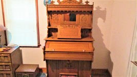 ANTIQUE 1883 SOLID OAK BECKWITH ORGAN ( SOLD BY SEARS ROEBUCK AND CO. ) - $1,625.00