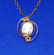 Lovely fashion cameo, ladies bust on lavendar background, in a 14k gf wi... - $79.95