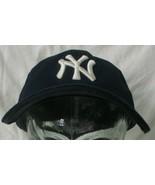 New York Yankees 3930 new era small/Medium Flex fit Fitted Hat Cap 6 5/8... - $12.87