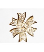 Trifari Brushed & Polished Goldtone Ribbon Brooch Vintage Jewelry  - $36.99