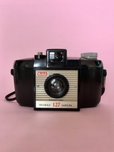 Kodak Brownie 127 Camera * This is an iconic vintage 1950s camera - $13.00