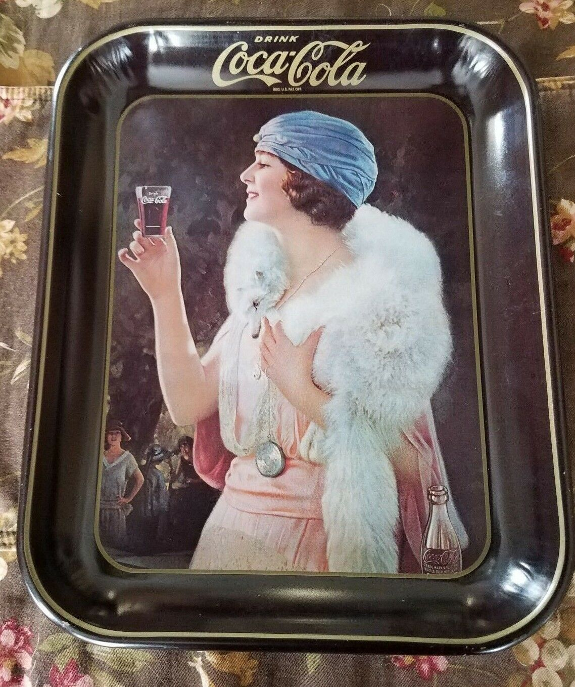 Primary image for Vintage Coca Cola 'Party Girl' Flapper Lithograph Metal Tray, Great Bar Decor