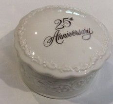 Trinket Box Musical Hallmark 25th Anniversary Collectible - $40.57