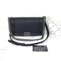 100% AUTHENTIC NEW CHANEL 2018 BLACK CAVIAR LEATHER MEDIUM BOY FLAP BAG RHW - $5,888.00