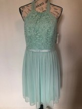 DAVID'S BRIDAL Bridesmaid Dress Sz 8 Lace Chiffon Mint Halter F17020 - $0.98