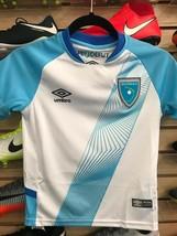 Kids Umbro Guatemala 2019 Soccer Jersey/Playera Para Niños De Guatemala ... - $69.29