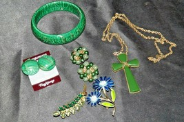 Costume Jewelry (Green Tone) AA20-JW5003 Vintage