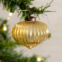 Christmas 2019 VINTAGE - INSPIRED GLASS ORNAMENT Hand Blown - Box Set of 4  - $37.99