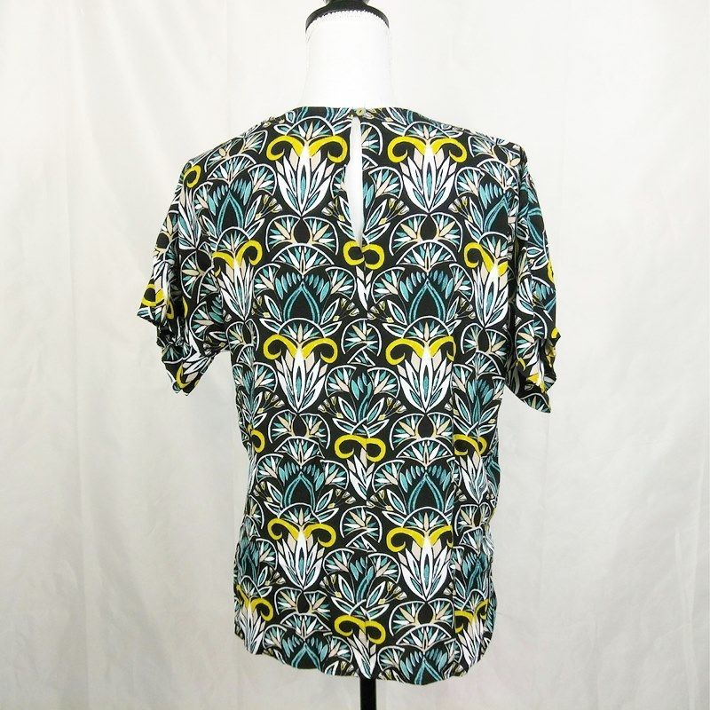 H&M Womens Top Size 8 Blue Print Casual Short Sleeve