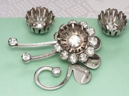 Vintage Demi Set Flower PIN EARRINGS Mid Century Chrome RHINESTONES TULIPS - $14.30