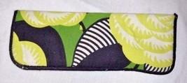 Vera Bradley La Neon Rose Pattern Eye Glass Case Green Black Flowers Eyeglass - $19.95