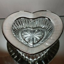 1 (One) MIKASA DESIRE PLATINUM Cut Crystal Heart Dish With Platinum Trim - $15.19
