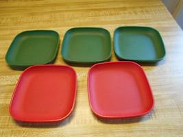 lot of tupperware kids plates mini plates tupper toys - $18.95