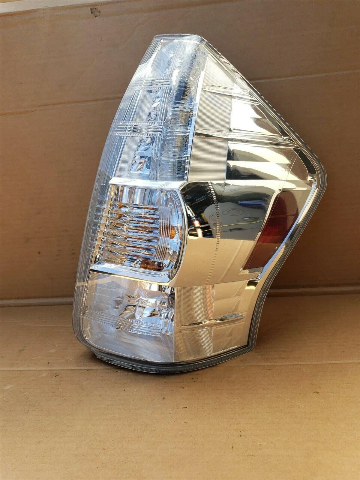 2012-14 Toyota Prius V ZVW40 Wagon Tail light Lamp Right Passenger Side - RH
