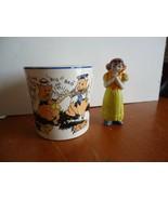 Vintage 1934 Walt Disney Three Little Pigs Patriot Mug & Bisque Snow Whi... - $20.00