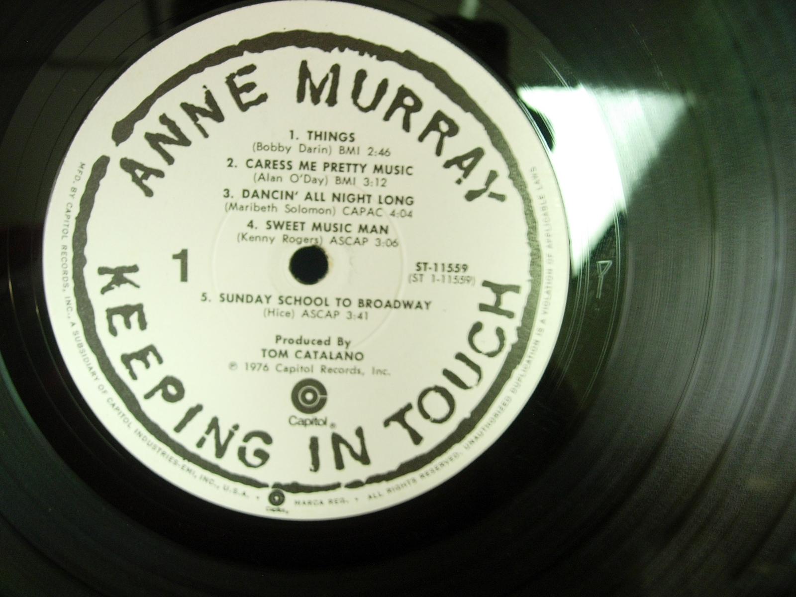 Anne Murray - Keeping In Touch - Capitol Records ST-11559