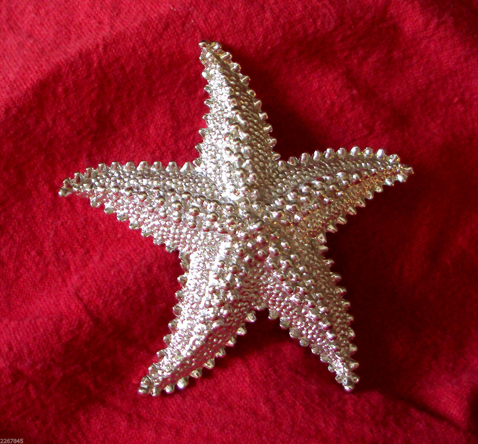"Primary image for Starfish Pin Textured Figural Star Fish 2 1/4"" Silver Tone Brooch VTG"