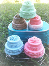 Wedding cake Soaps- Bulk wholesale set of 50- wholesale soap- Handmade Soap- Wed - $125.00