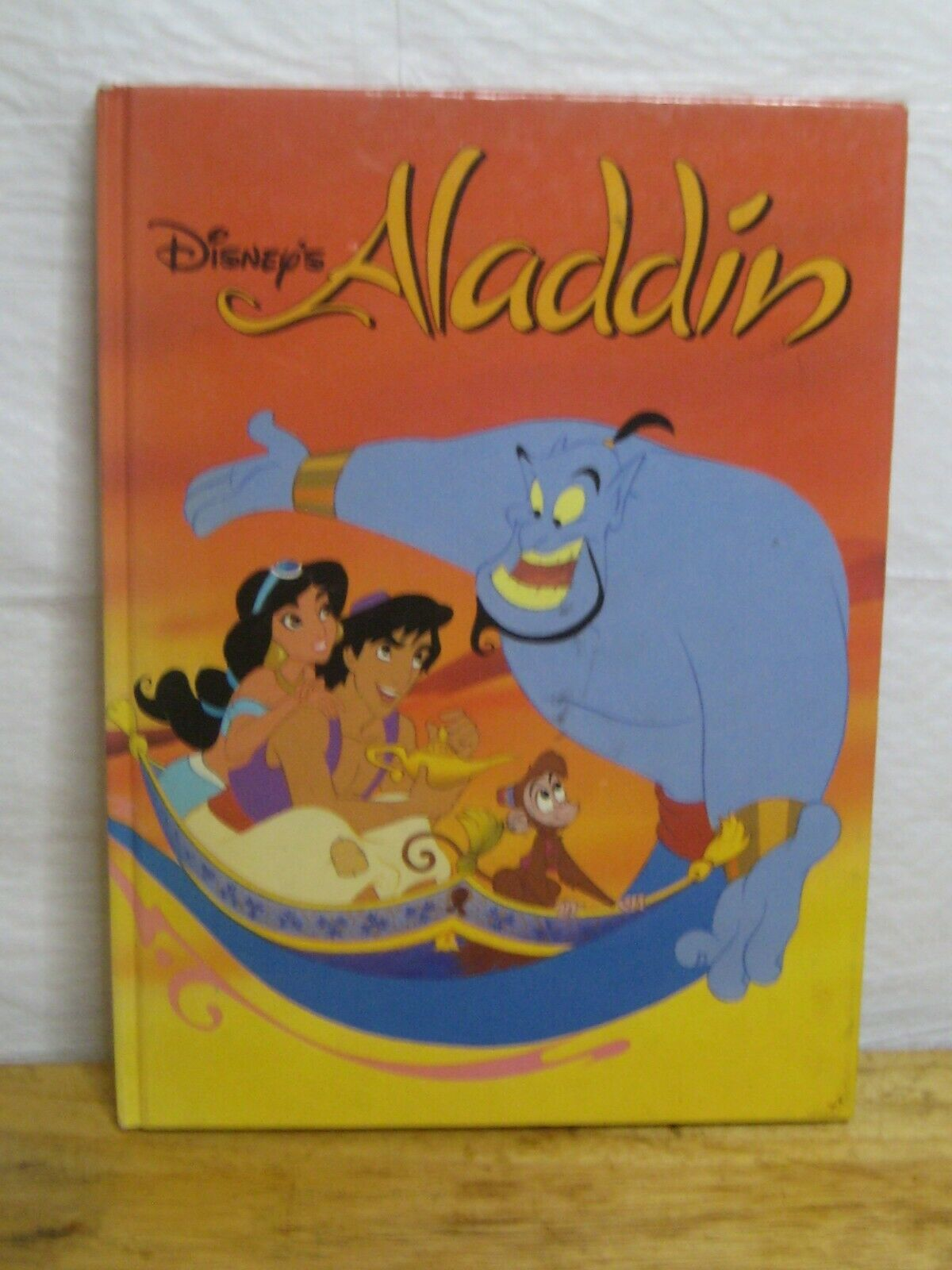 DISNEYS ALADDIN hardback book 1992 - $15.24