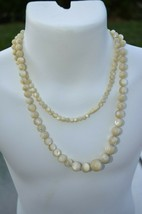 Vintage Swirl Agate Graduated Tan Marble Cream Necklace with hints of Gr... - $46.71