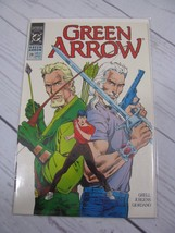 GREEN ARROW #28 Bagged and Boarded - C510 - $1.79